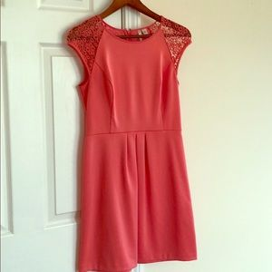 Lauren Conrad Lace cap sleeve dress size 8